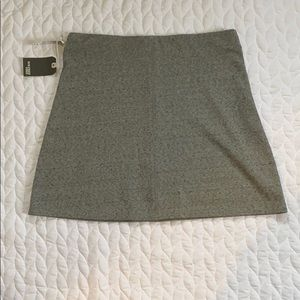 NWT Large - Gray Mello Skirt - Wilfred Aritiza